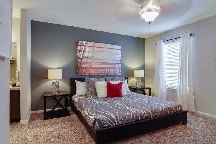 Gated 1, 2 & 3 Bedroom Townhomes & Apartments In Houston, TX