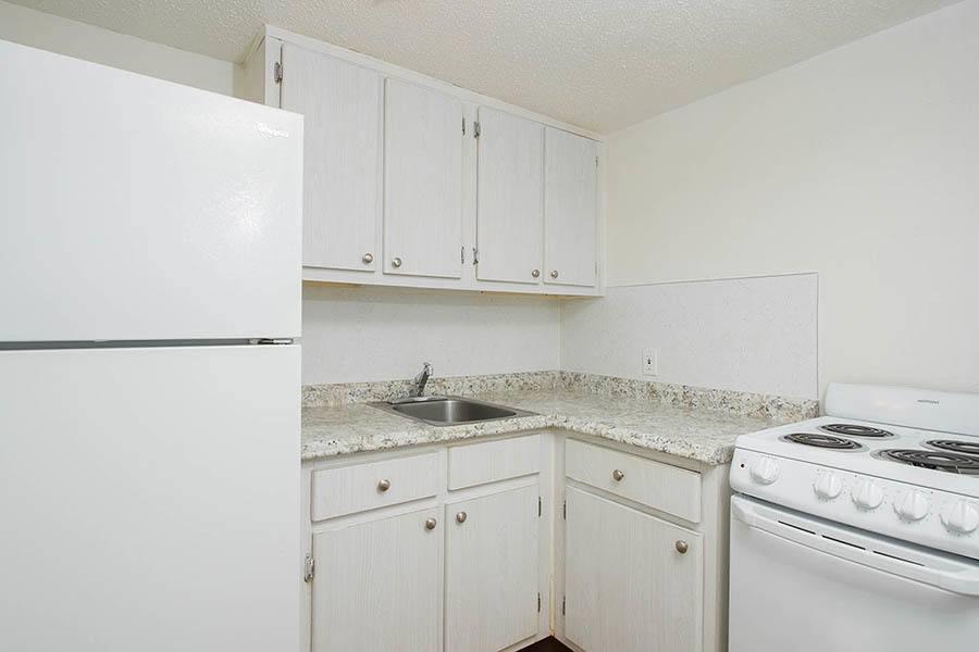 Kitchen at Bay Pointe Tower in South Pasadena