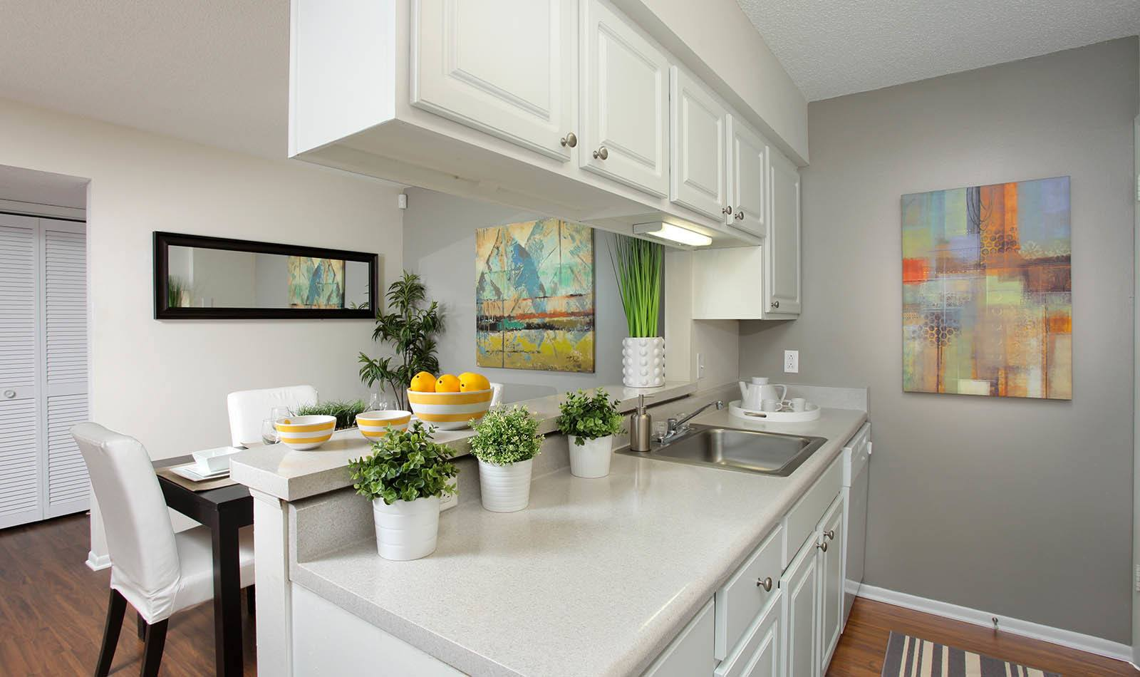 Kitchen at Legend Oaks Apartments in Tampa
