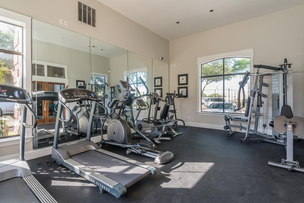 Fitness Center at Lofton Place in Fort Worth