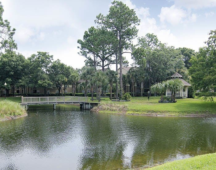 Crescent Ridge offers an impressive list of features and amenities in Jacksonville