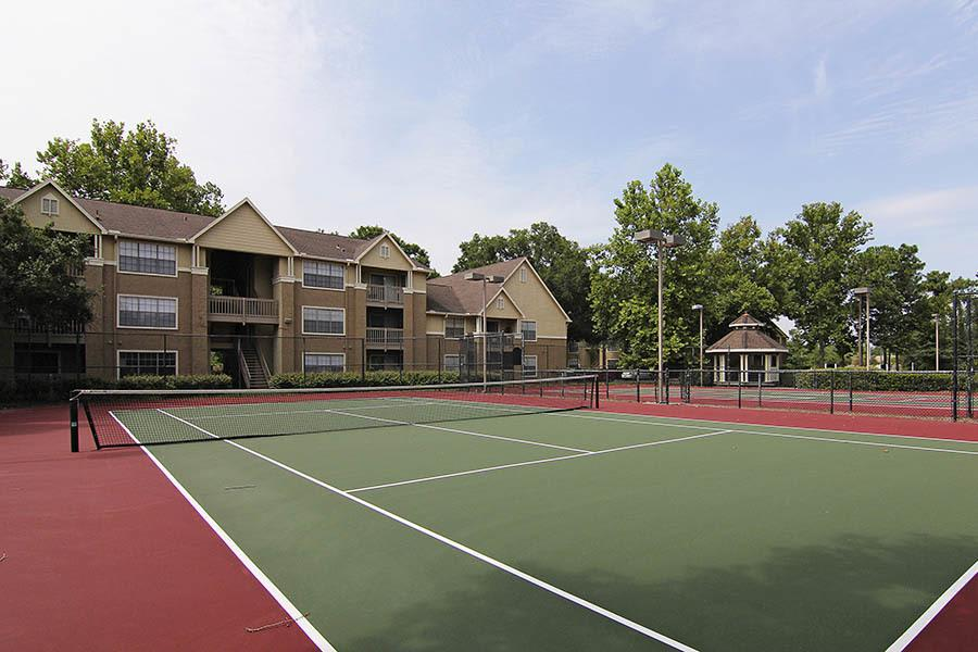 Tennis court at Crescent Ridge in Jacksonville, FL