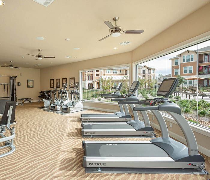 Parkway Grande offers an impressive list of features and amenities in San Marcos