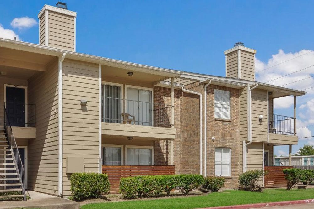 Exterior at apartments in Katy