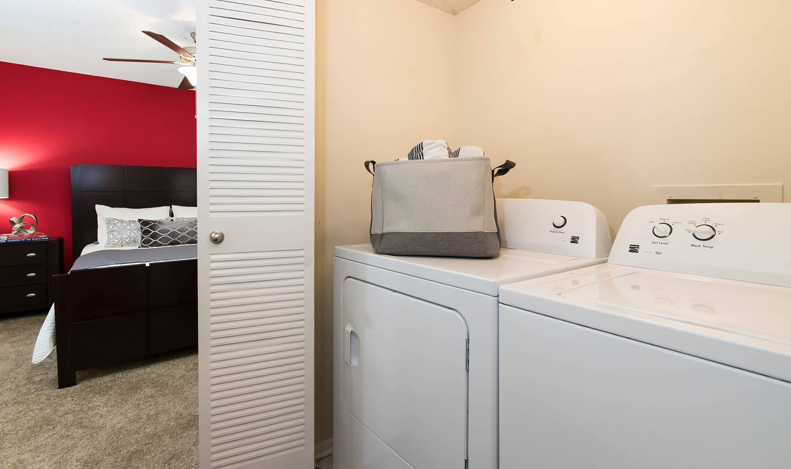 Washer And Dryer at The Reserve at Mandarin in Jacksonville, FL