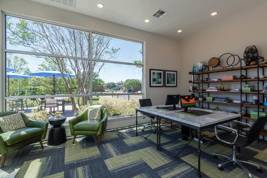 Business center at apartments in Fort Worth, TX