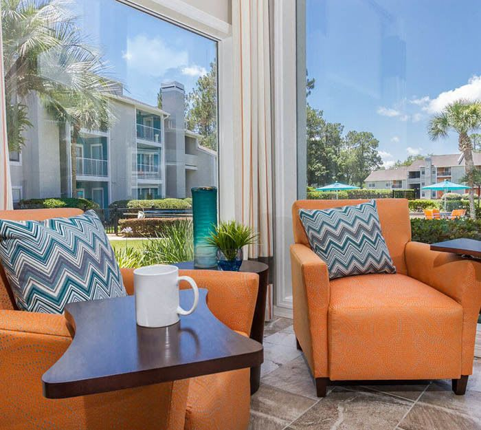 Victoria at Orange Park offers spacious 1 & 2 bedroom apartments for rent in Orange Park