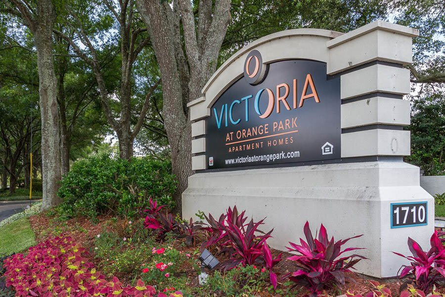 Signage at apartments in Orange Park