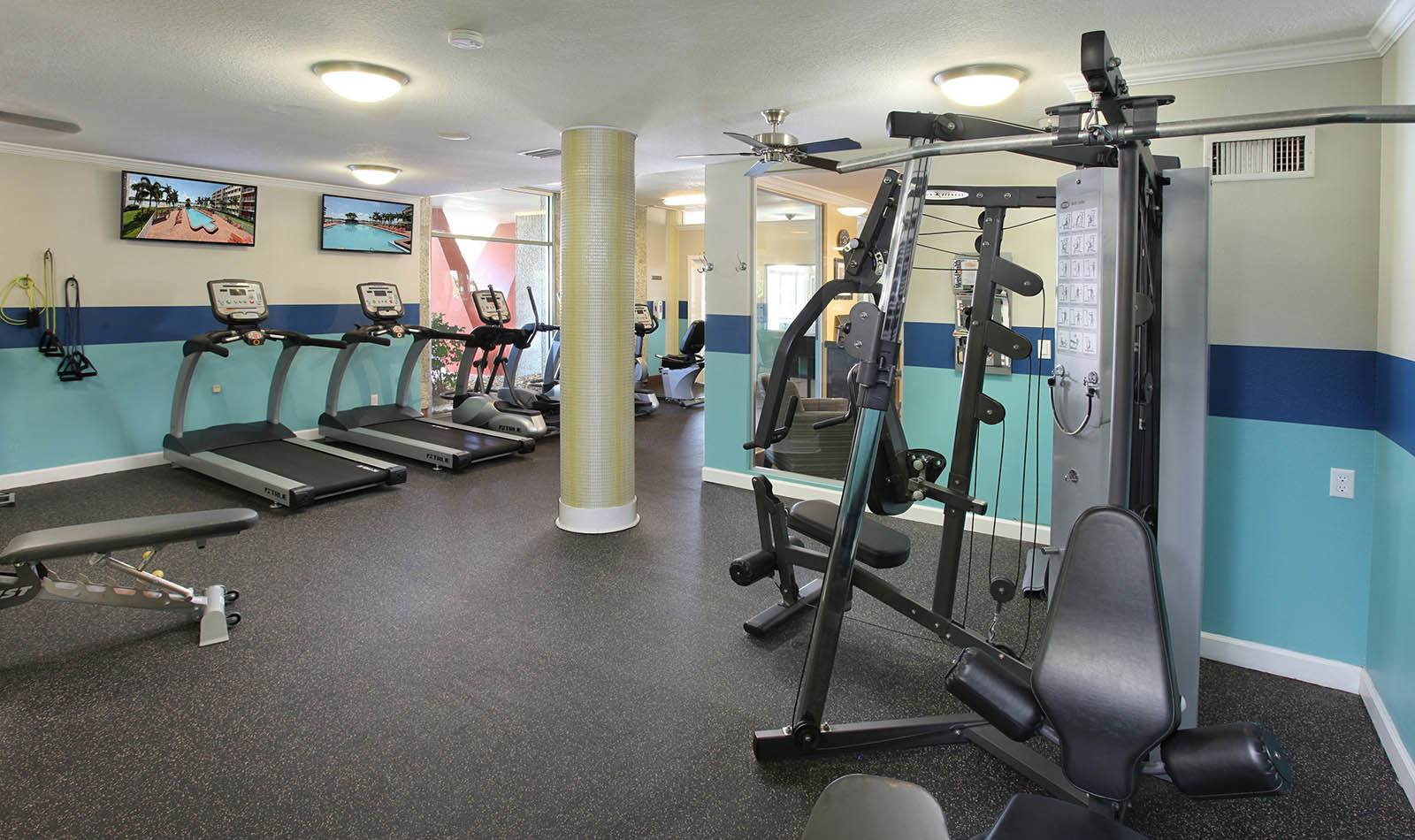 Fitness center at apartments in South Pasadena, FL