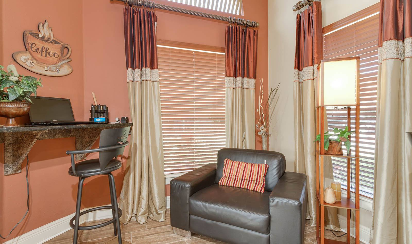 Clubhouse seating at Waterstone at Carrollwood Apts in Tampa, FL