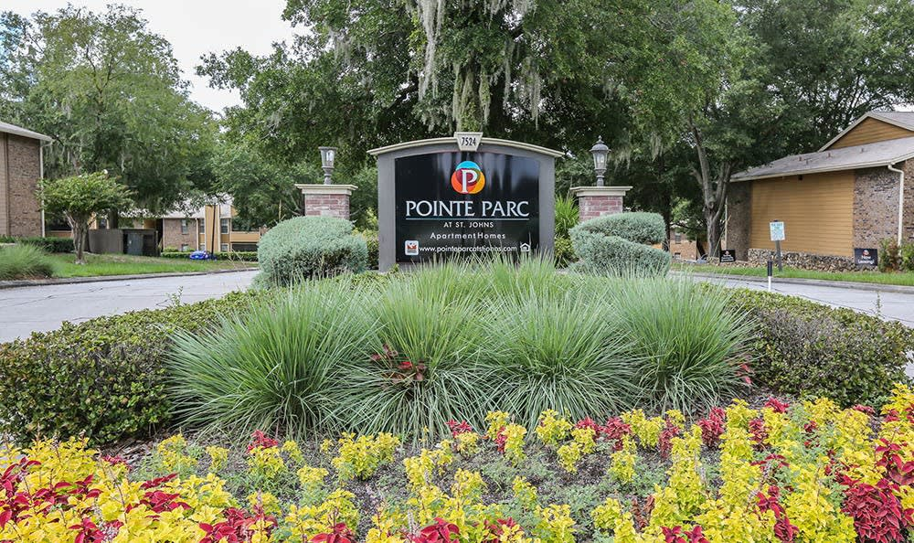 Pointe Parc at St. Johns Apartments Sign