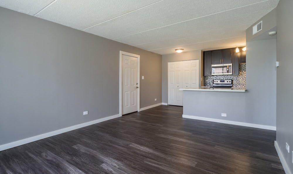 Living room at Woodland Ridge Apartments