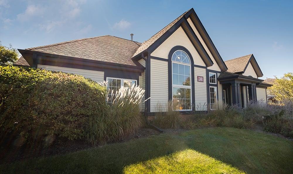 Leasing Center At Apartment Rentals In Aurora Illinois