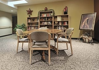 Contact Woodland Palms Memory Care to learn more about our Amenities.