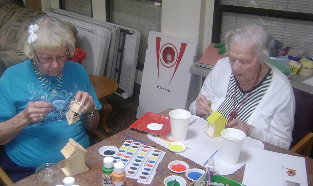 Arts and crafts at Desert Peaks Assisted Living and Memory Care in NM