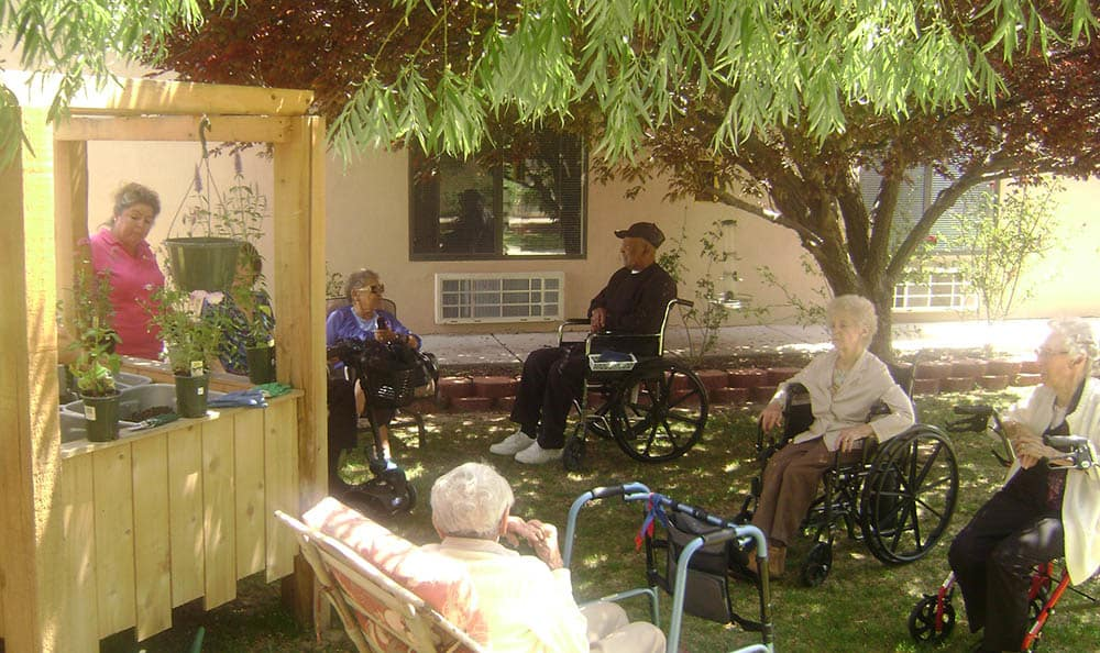 Outdoor activities at Desert Peaks Assisted Living and Memory Care in NM