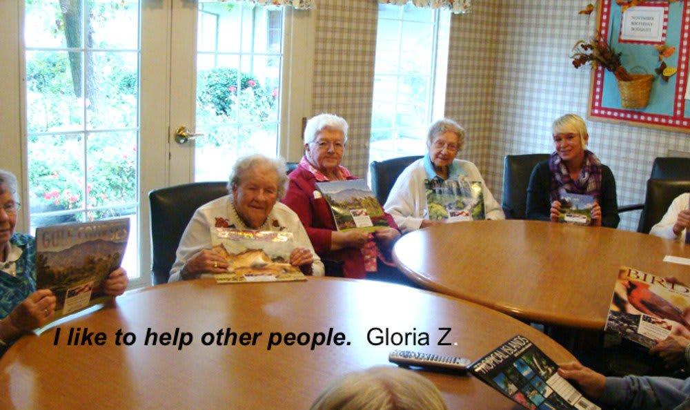 Residents at senior living in Redding, CA