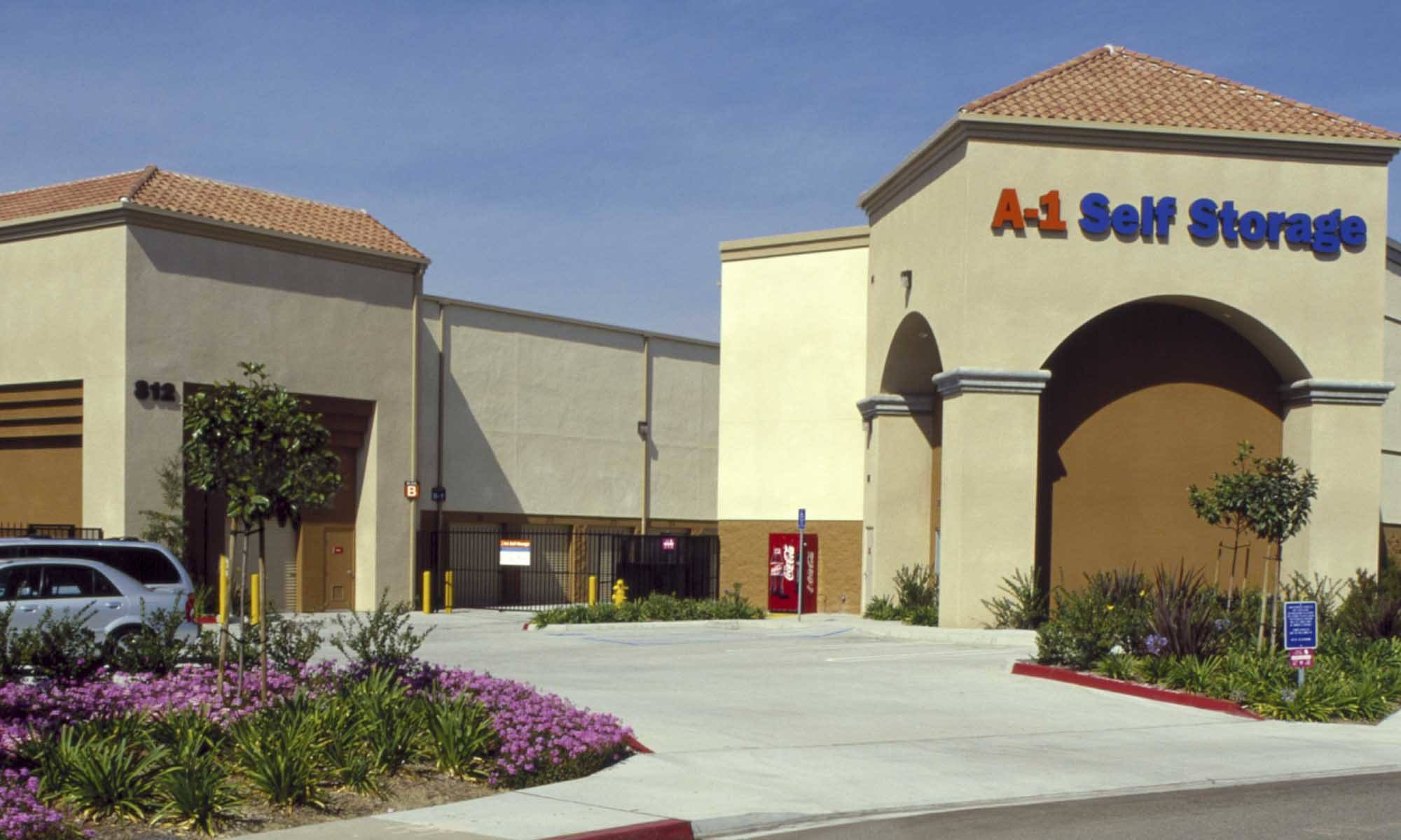 Self storage in Chula Vista CA