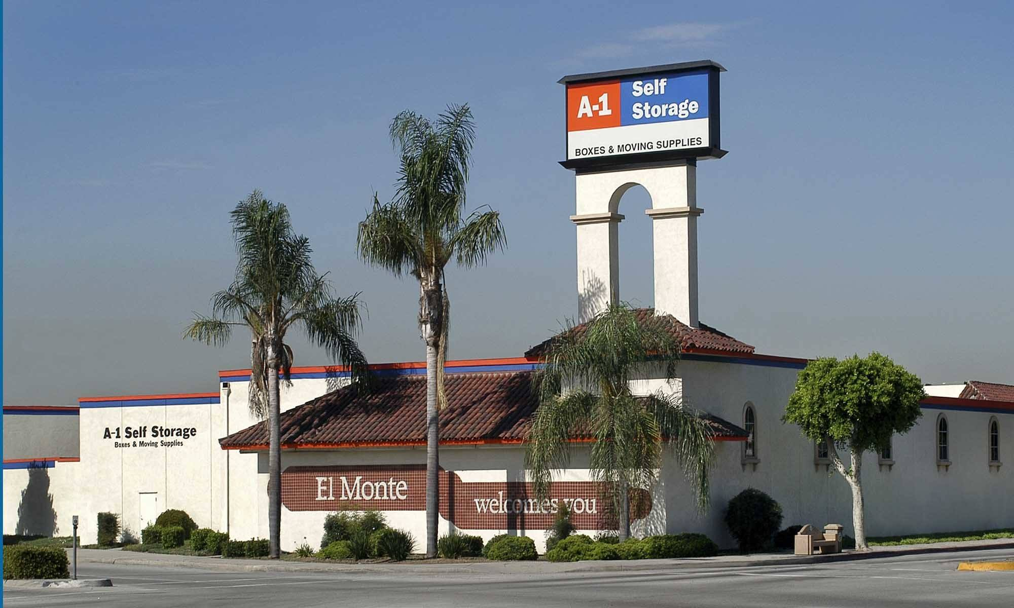 Self storage in El Monte CA