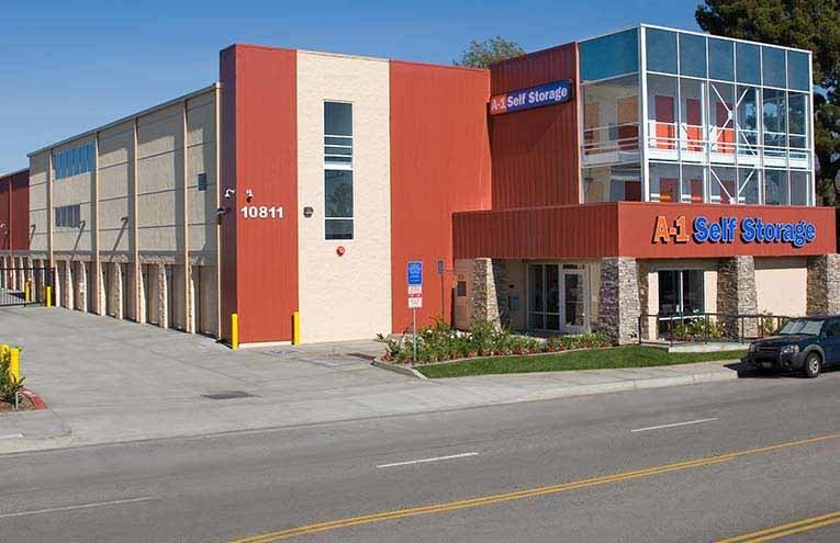 A-1 Self Storage located on North Hollywood - Vanowen .