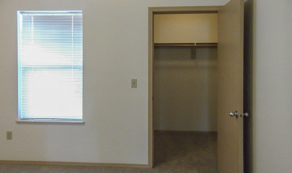 Water, sewer, and garbage utilities are included in the rent at Parkside in Lebanon.