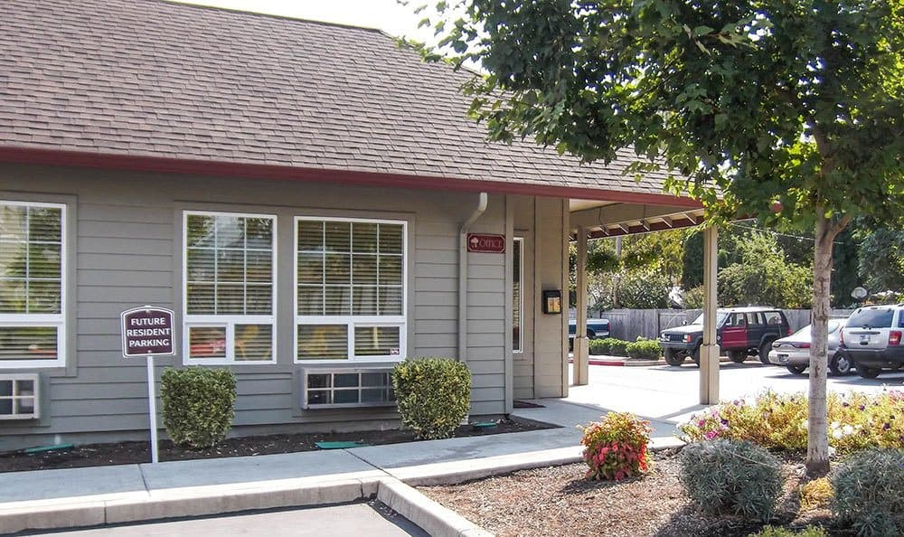 The neighborhood here at Parkside is beautiful; schedule your tour today and come see us.