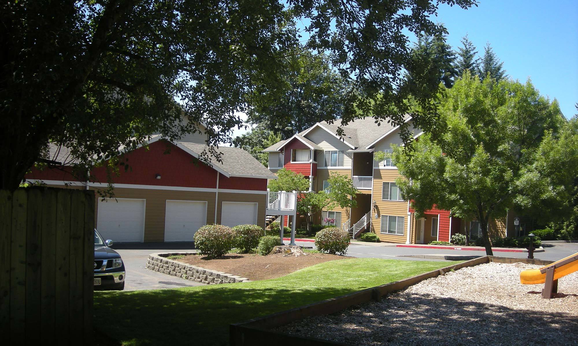 Learn more about our apartment community at Cascade Crest in Sandy.
