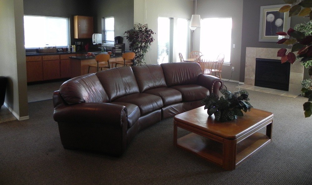 Living room at Meadow Brook