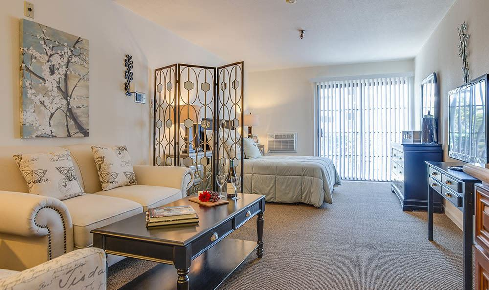 Bedroom Option At The Commons at Woodland Hills
