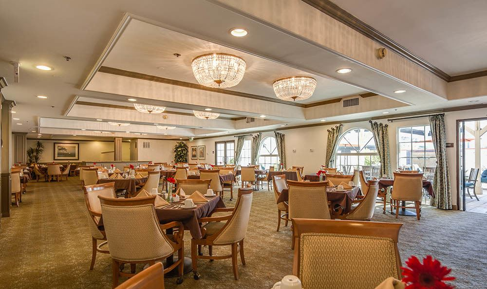 Dining Room At The Commons at Woodland Hills