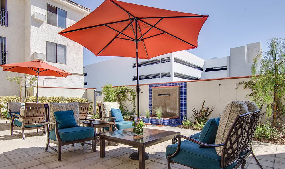 Patio Seating In Woodland Hills CA
