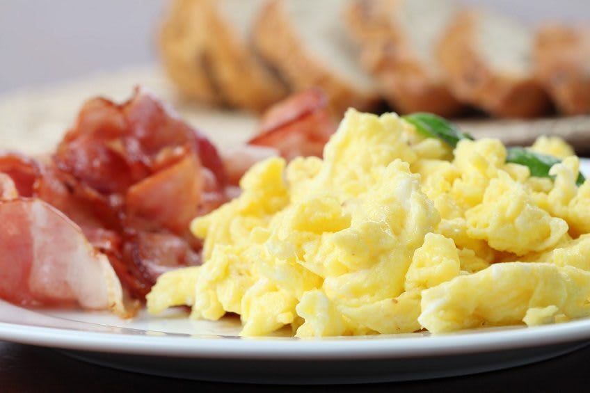 Eggs and bacon breakfast at Brightwater Senior Living of Capital Crossing