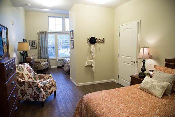 Spacious And Comfortable Bedrrom at Waterhouse Ridge Memory Care