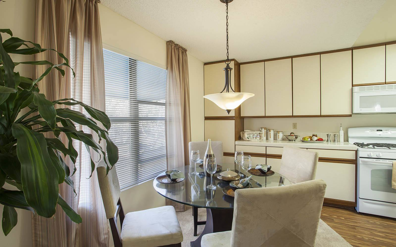 Nicely Decorated Dining Area at Cypress Point Apartments in Ventura, CA