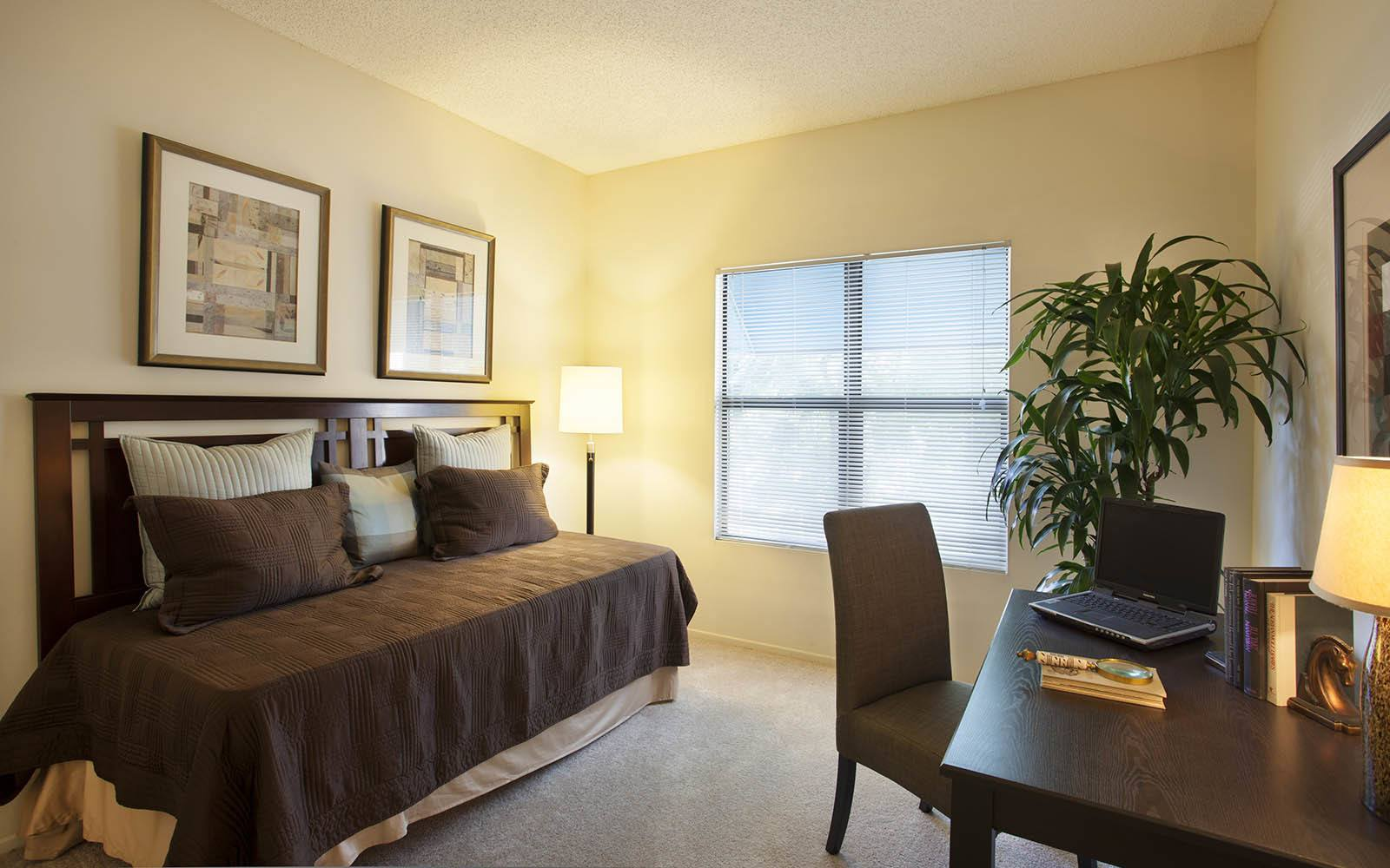 Room With Daybed at Cypress Point Apartments in Ventura, CA