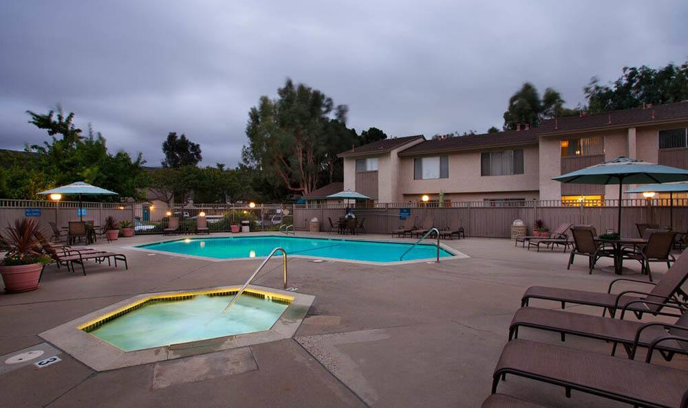 Hot tub and pool at apartments in Lompoc, CA