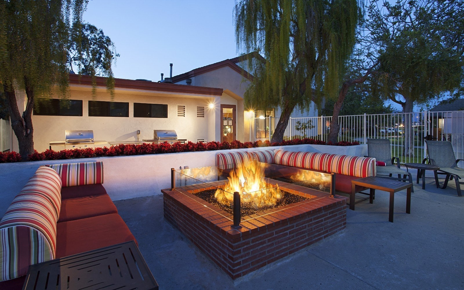 Outdoor firepit in Goleta, CA