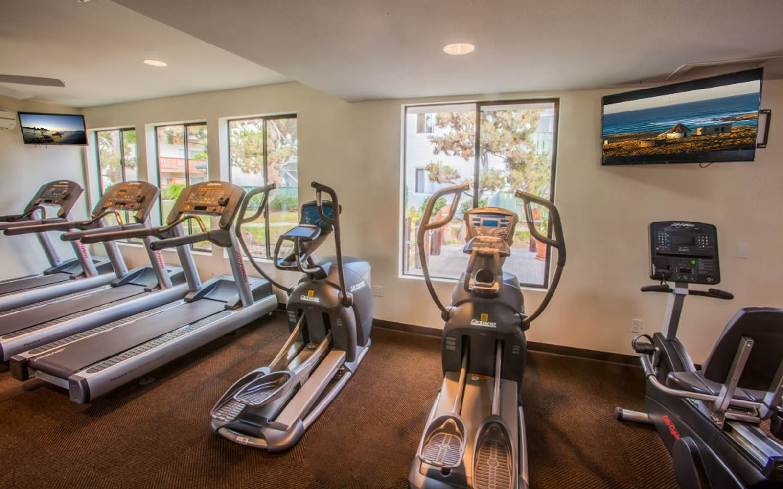 Fitness center at Pacific Oaks Apartments