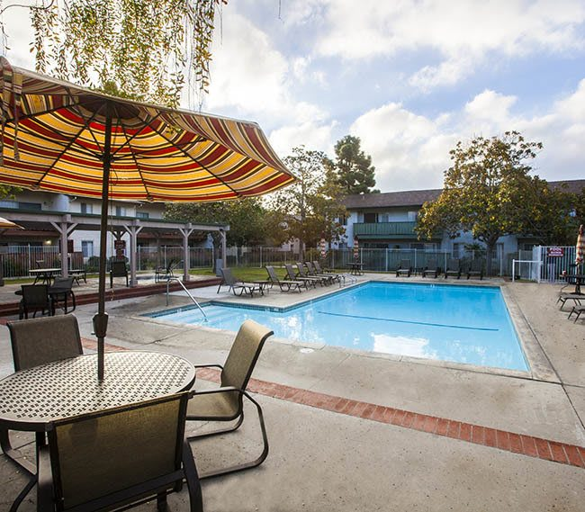 Pool at Pacific Oaks Apartments