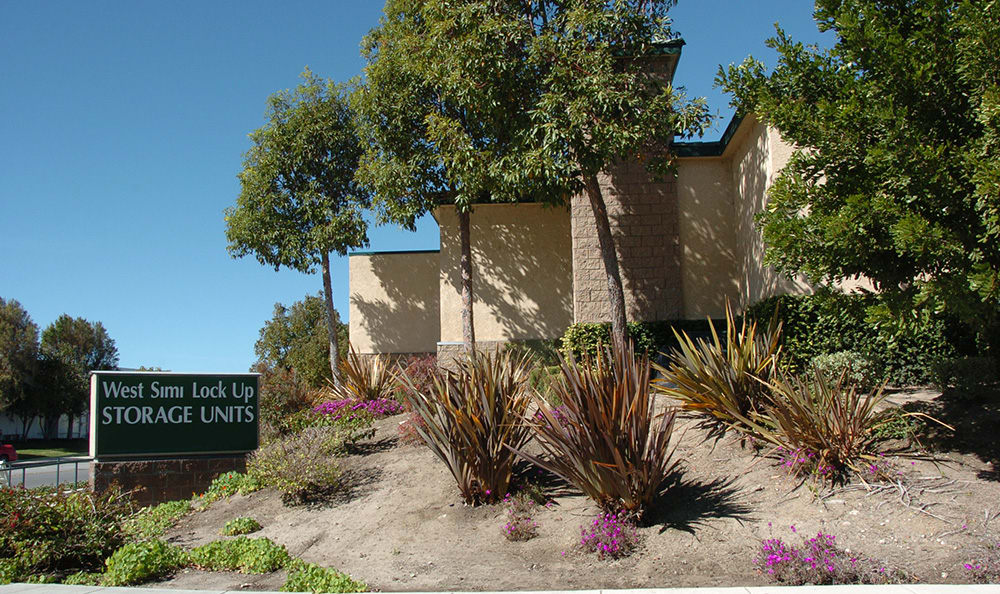 West Simi Lock-Up Self Storage is conveniently located in Simi Valley.
