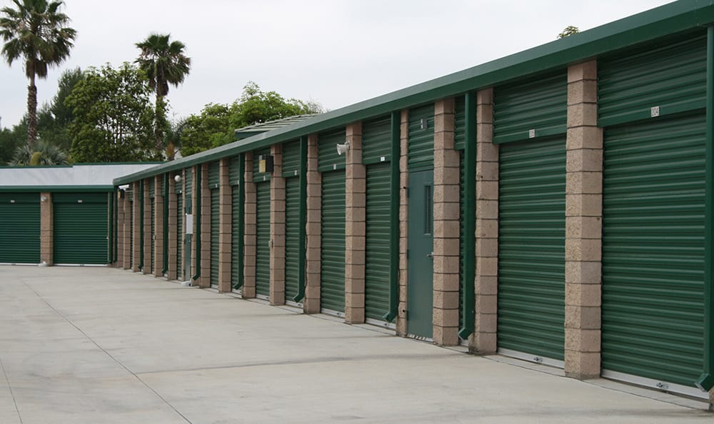 West Simi Lock-Up Self Storage has easy access roll-up doors.