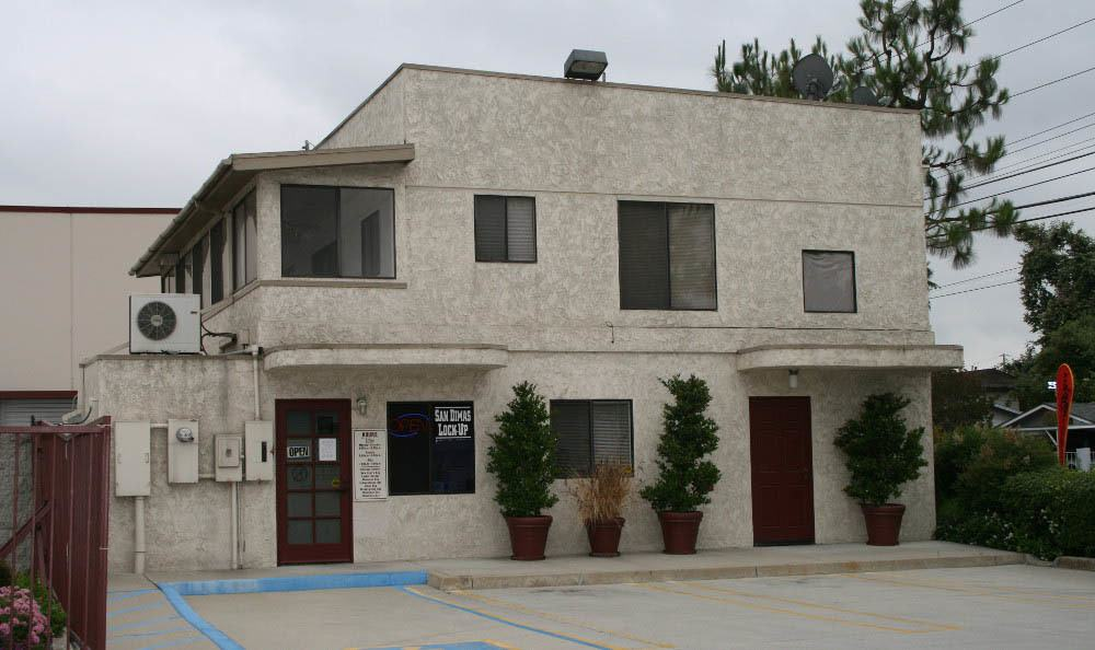 San Dimas Lock-Up Self Storage has variety of packing supplies available.