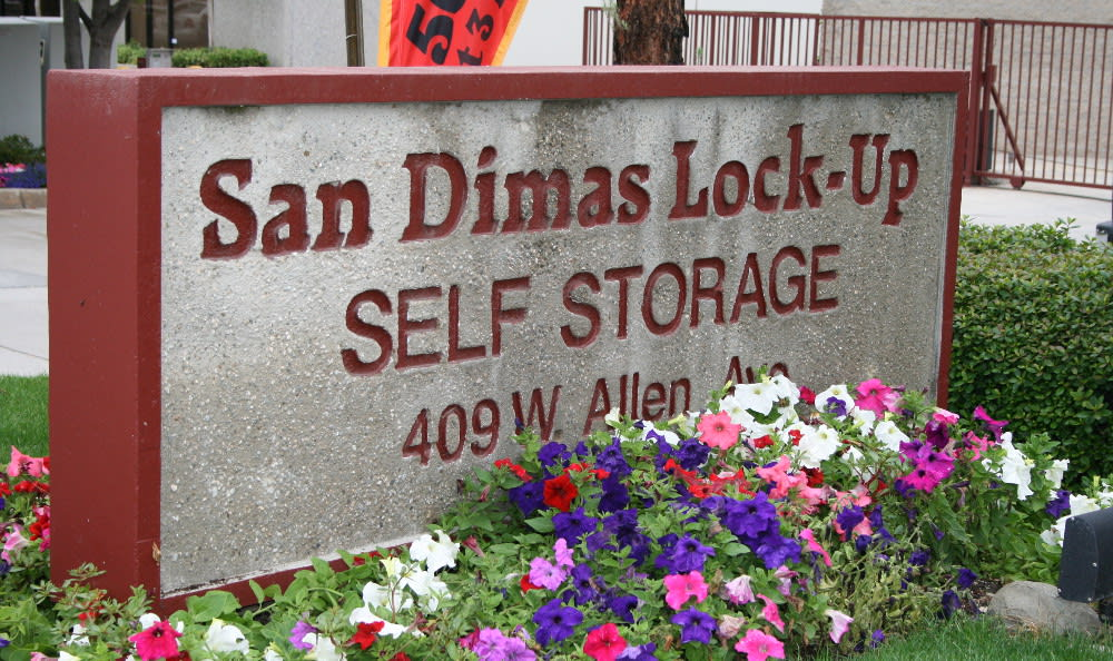 San Dimas Lock-Up Self Storage is conveniently located in San Dimas.