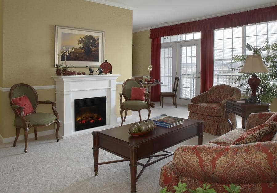 Living room at Waltonwood Lakeside in Sterling Heights, MI.