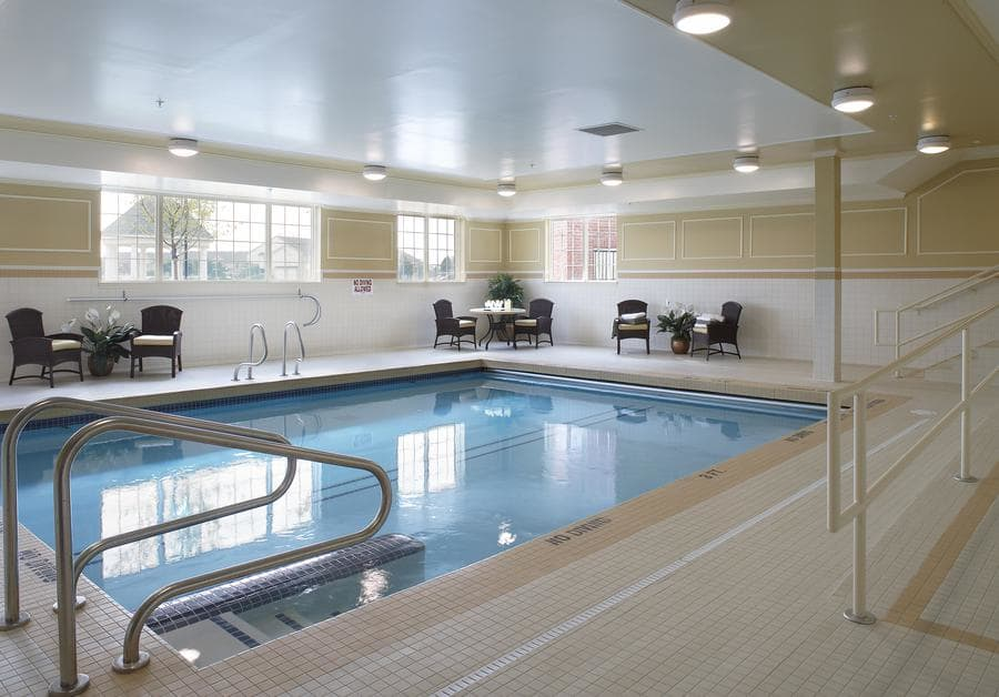 Swimming pool at Waltonwood Lakeside in Sterling Heights, MI