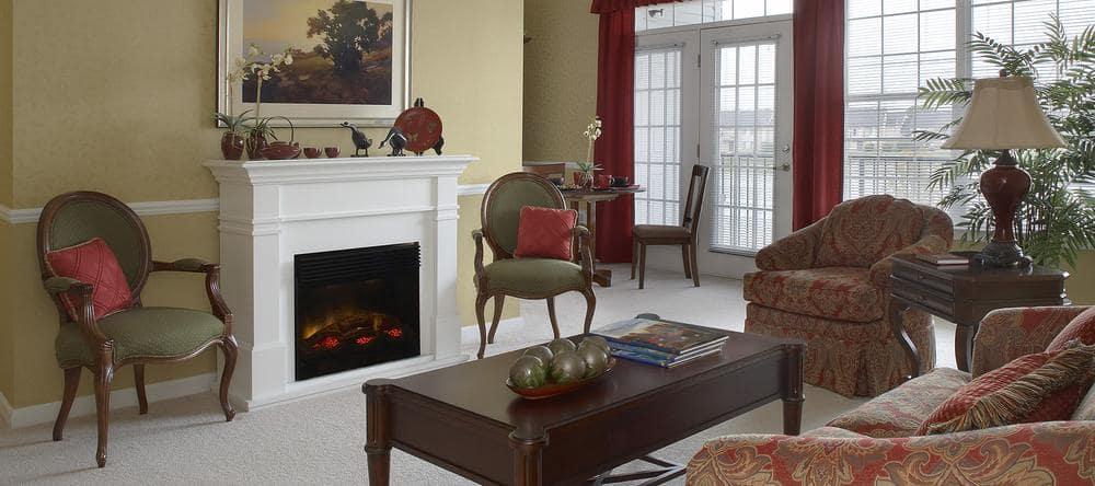 Living space at Waltonwood Lakeside in Sterling Heights, MI