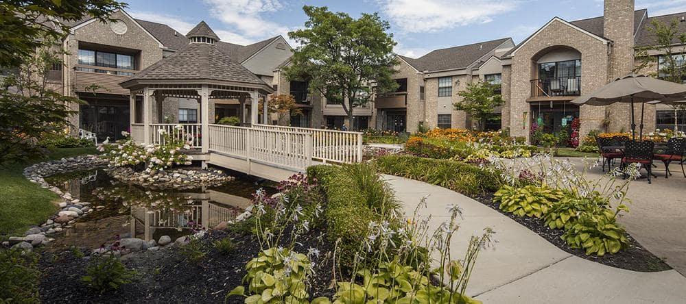 Waltonwood University offers a garden in Rochester Hills, MI