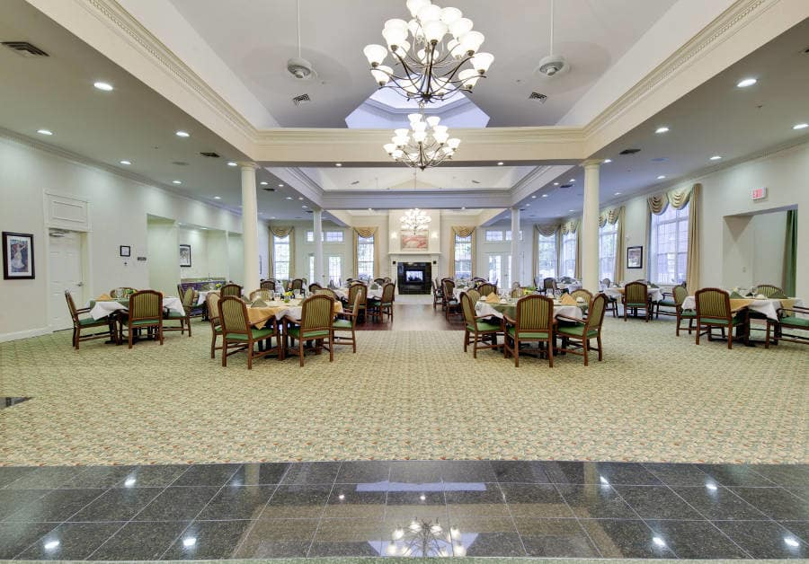 Dining room at Waltonwood Cary Parkway in Cary, NC.