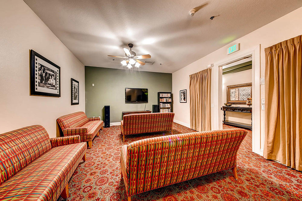 Merrill Gardens at Siena Hills's media room in Henderson, NV
