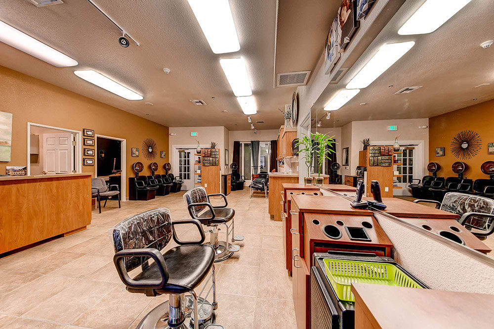 Onsite salon at Merrill Gardens at Siena Hills in Henderson, Nevada
